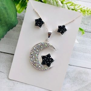 Jewelry - Moon 925 sterling silver pendant and earrings set